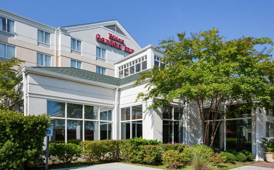 Hilton Garden Inn Charleston Airport <BR> .4 miles away