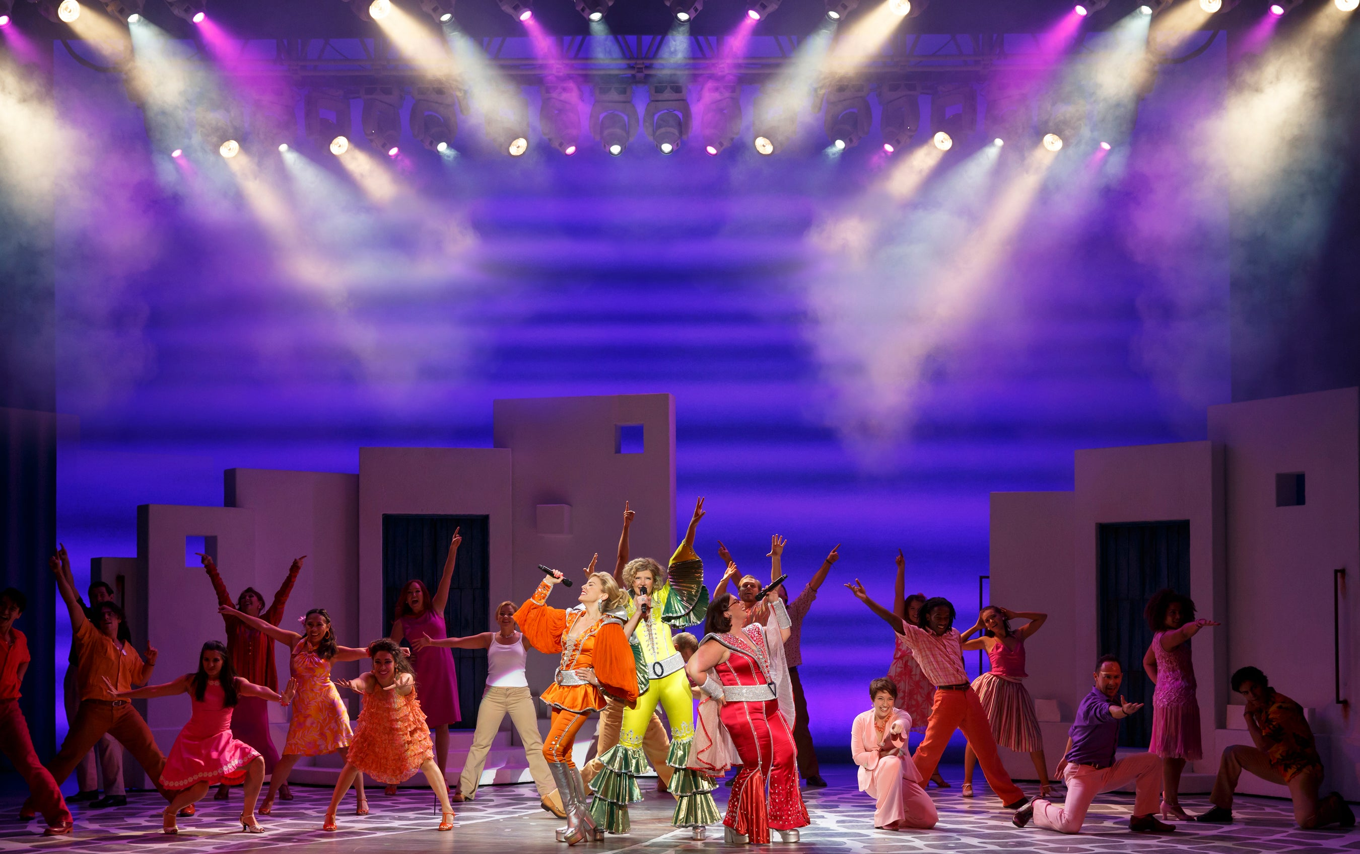 Mamma Mia North Cmerican Touring Company 2 - photo by Joan Marcus.jpg